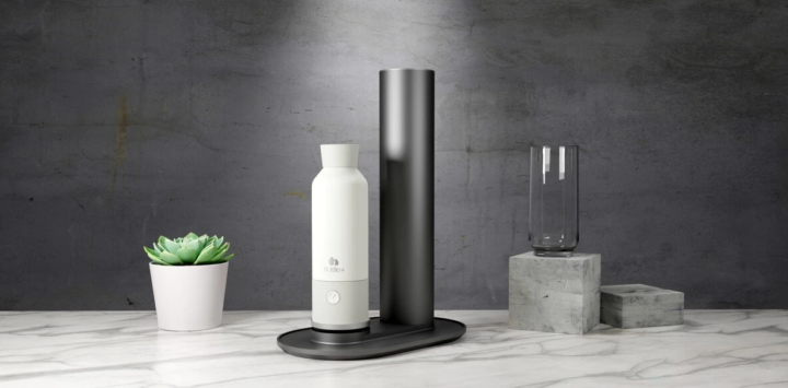 Bottle +, the bottle that makes water sparkling – Wired